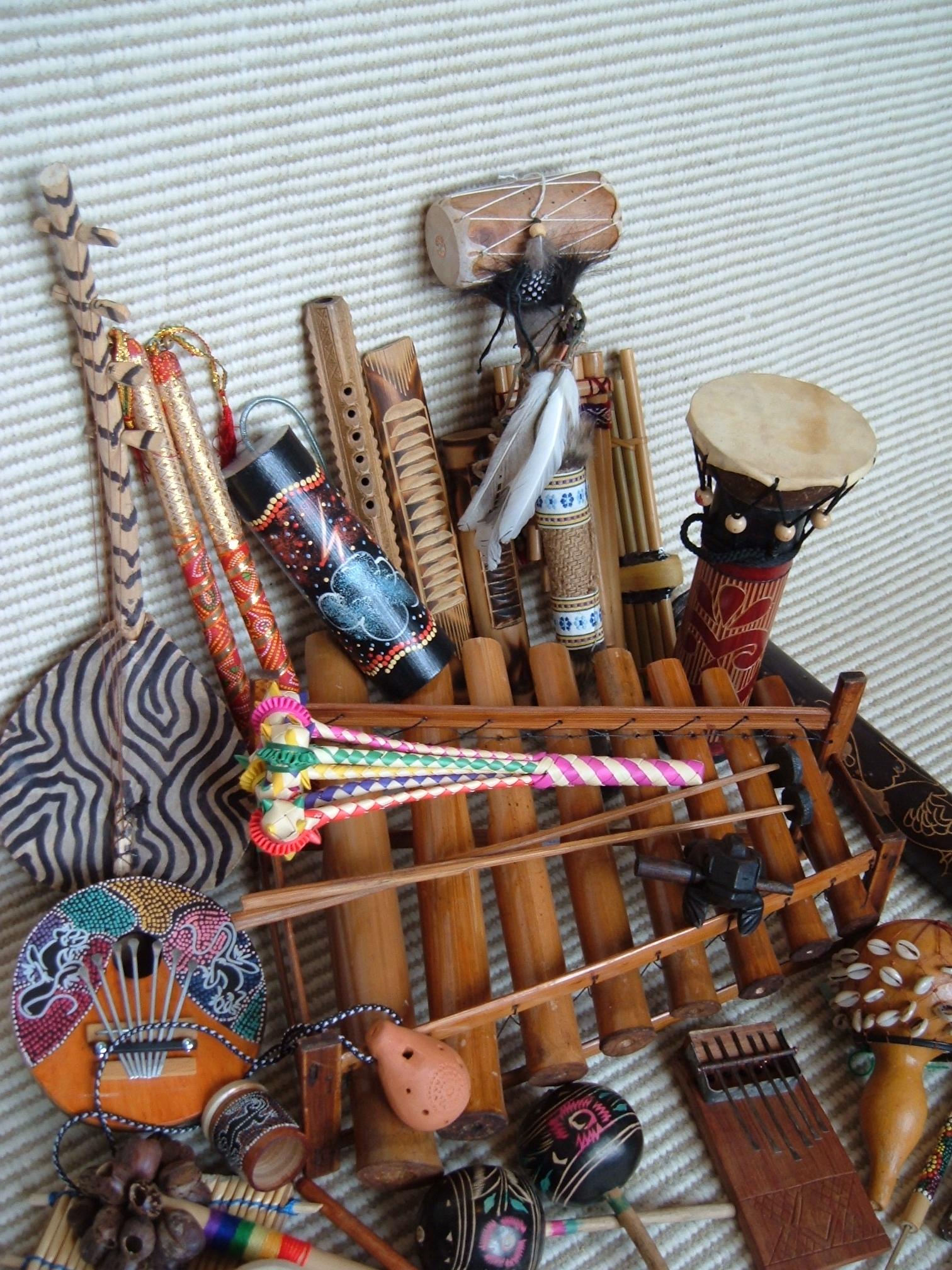 MUSICAL INSTRUMENTS FROM AROUND THE WORLD   Kirstie Garside School ...
